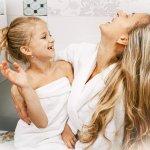 Ako si umyť vlasy bez šampónu? 3 návody z dostupných ingrediencií