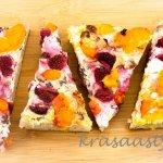 Recept: Kváskový tvarohový koláč s ovocím, ktorému neodolá nik