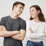 Zrkadlenie vo vzťahoch: Ovplyvňuje tvoje správanie i vzhľad a ani si to nemusíš uvedomovať