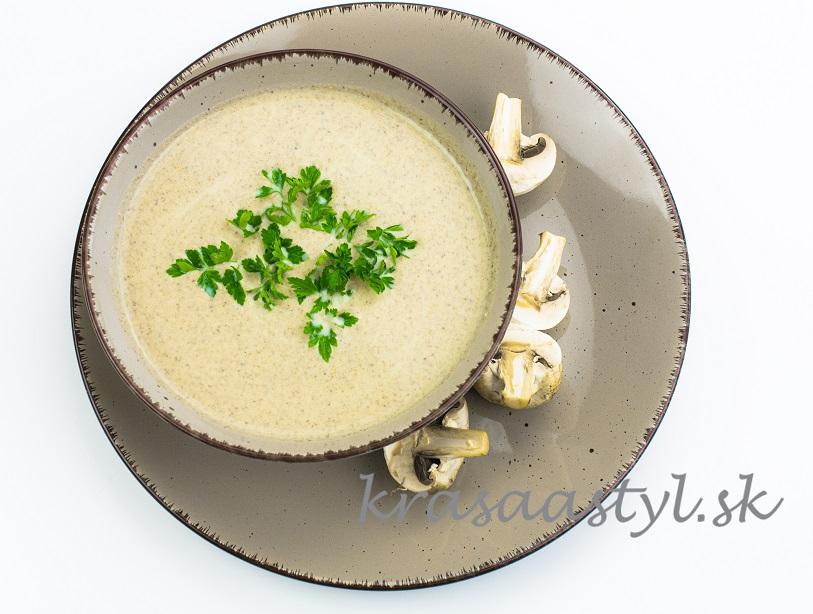 Šampiňónová krémová polievka