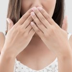 Zápach z úst: Spoznaj bežné aj šokujúce príčiny