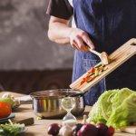 Super tipy, ako urýchliť varenie: Fazuľa či mäso budú hotové raz-dva